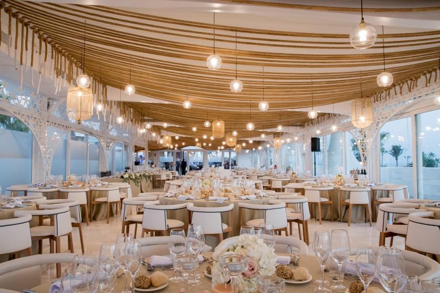 Montaje de salón acristalado para boda